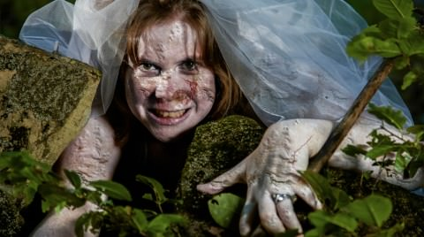 wedding photography zombie bride